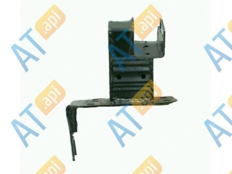 Крепление бампера (правое) PAD43018AR