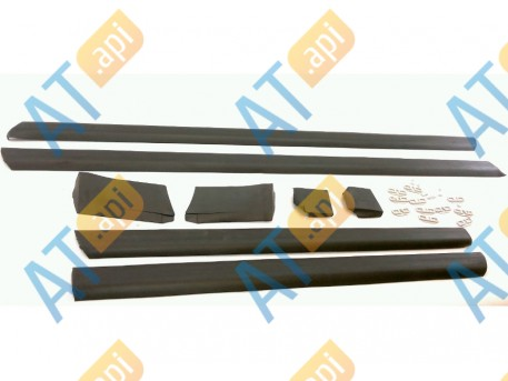 Молдинги на двери (комплект) PAD88002K