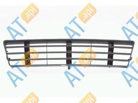 Решетка в бампер (центральная) PAD99012GA