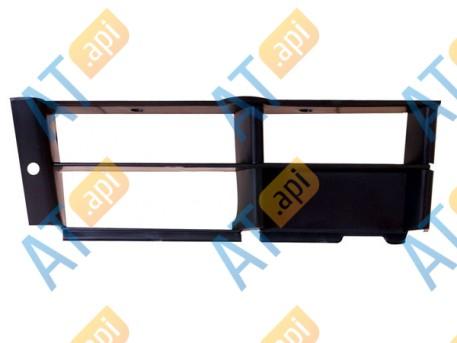 Решетка в бампер (правая) PBM99009GAR