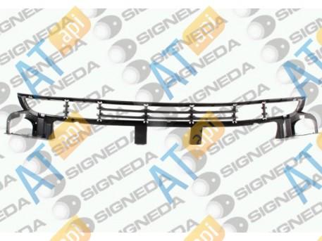 Решетка в бампер (центральная) PBM99016GAC