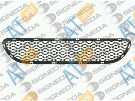 Решетка в бампер (центральная) PBM99057GAC