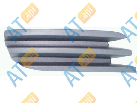Заглушка переднего бампера (правая) PCR99001CAR