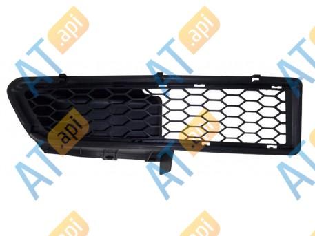 Решетка в бампер (правая) PRN99035GAR